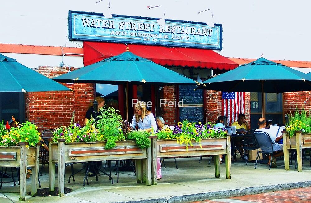 Sidewalk Cafe by Ree  Reid