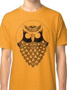 the owl Classic T-Shirt