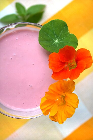 Raspberry Lassi by SmoothBreeze7