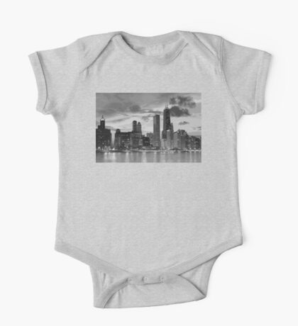 Chicago skyline in black and white One Piece - Short Sleeve