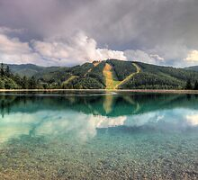 Mirrored pistes by zumi