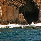 Fingal's Cave, Staffa. by WatscapePhoto