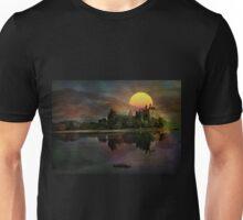 Kilchurn Castle .... Unisex T-Shirt