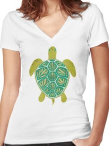 Green Sea Turtle Women's Fitted V-Neck T-Shirt