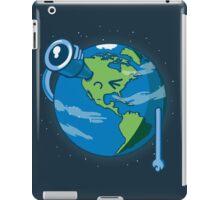 Keep on searching! iPad Case/Skin