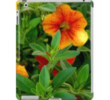 Pretty Petunias iPad Case/Skin