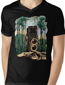 I CLICK THE BEAUTY Mens V-Neck T-Shirt