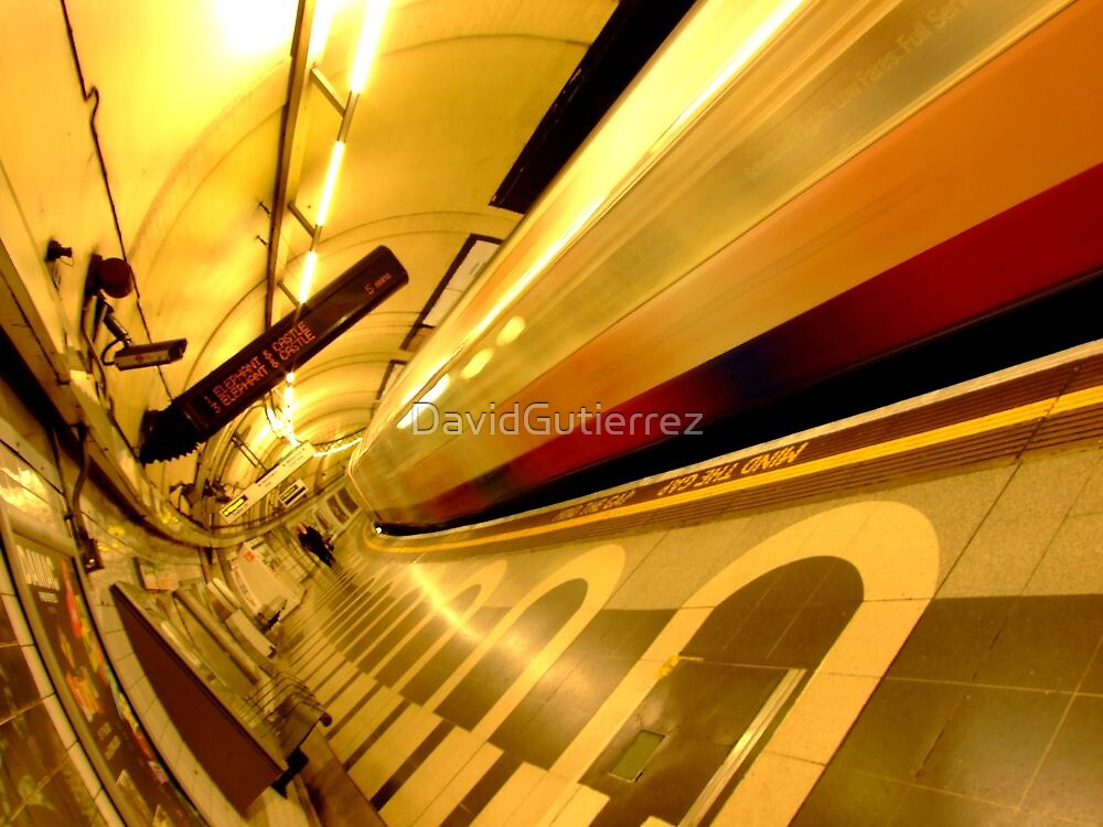 London Underground Color World by DavidGutierrez
