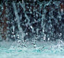 Water drops by RosiePosie