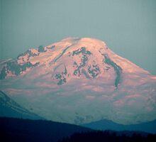 Beautiful Mount Baker by ibetannerz84