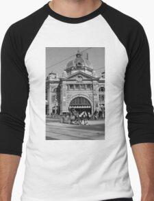 Flinders Street Station, Melbourne Men's Baseball ¾ T-Shirt