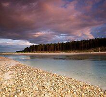 Findhorn  bay by donnnnnny