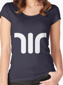 nin Women's Fitted Scoop T-Shirt