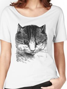 Kitten shutting its eyes Women's Relaxed Fit T-Shirt