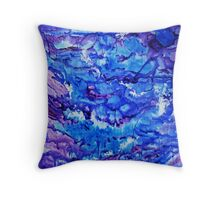 Flowing freely Throw Pillow
