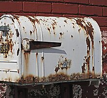 Old Mail Only, Please! by Monnie Ryan