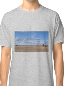 Lines of Clouds - HDR Classic T-Shirt
