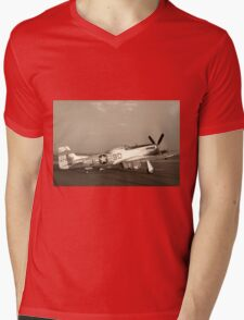 P-51 Mustang Fighter Plane - Classic War Bird Mens V-Neck T-Shirt