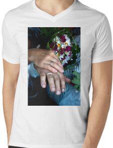 symbol of love Mens V-Neck T-Shirt