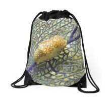 Flamingo Tongue Snail on Purple Coral Fan Drawstring Bag