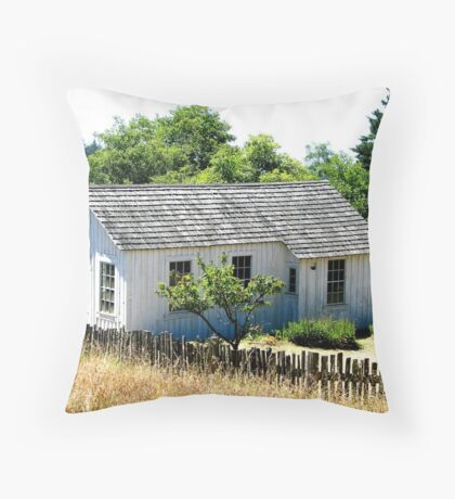 Weathered Coastal Home Throw Pillow