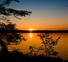Sunset, Ottawa Parkway by Yannik Hay