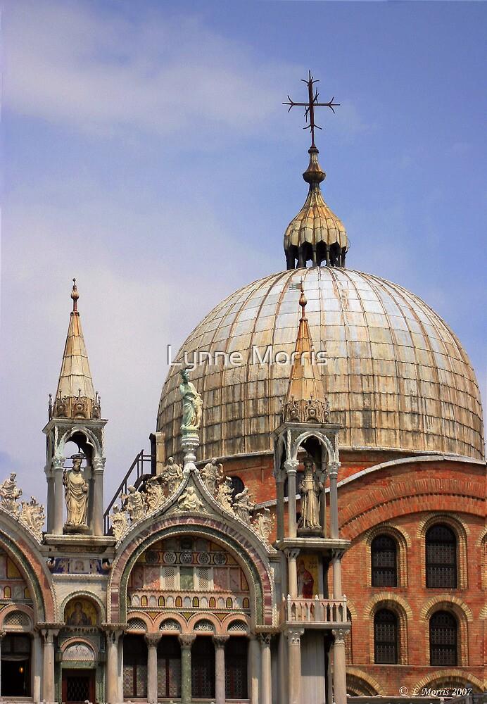 St Mark's Basilica by Lynne Morris