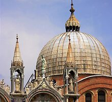 St Mark's Basilica by Lynne Morris