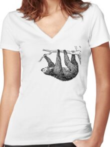 Vintage Sloth Women's Fitted V-Neck T-Shirt
