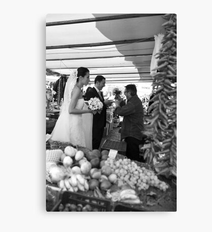 Roman Bride & Groom Italy Canvas Print