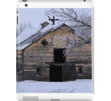 Rural Winter Barn iPad Case/Skin