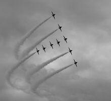 Red Arrows 2 by purpleminx