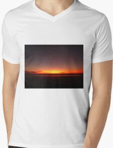 Broome sunset, Western Australia Mens V-Neck T-Shirt