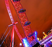 London  Eye Red - Houses of Parliament and Big Ben by DavidGutierrez