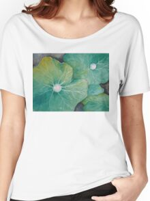 In Rosemary's Garden - Nasturtium Leaf with Dew Drops Women's Relaxed Fit T-Shirt