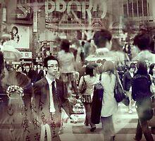 Tokyo people by Laurent Hunziker