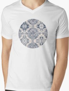 Brush and Ink Watercolor Pattern in Indigo and Cream Mens V-Neck T-Shirt