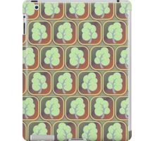 Trees tiled pattern iPad Case/Skin