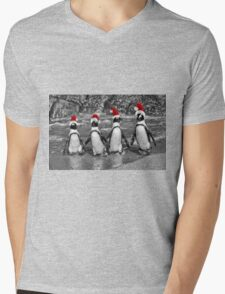 Penguins with Santa Claus caps Mens V-Neck T-Shirt