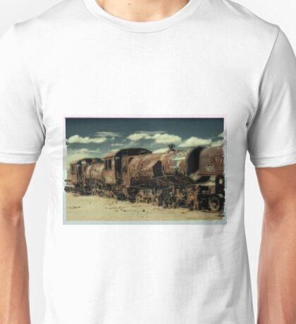 train cemetery, Salar de Uyuni, Bolivia Unisex T-Shirt
