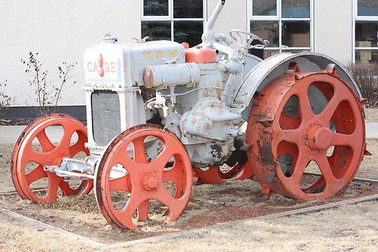 1928 Case Tractor by Leslie van de Ligt