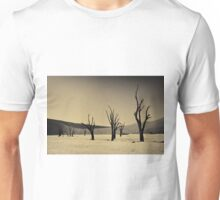 Dead Vlei with dead trees in desert landscape of Namib BW 02 Unisex T-Shirt