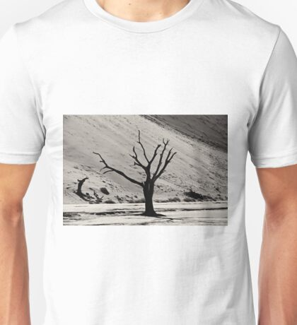 Dead Vlei with dead trees in desert landscape of Namib BW 03 Unisex T-Shirt