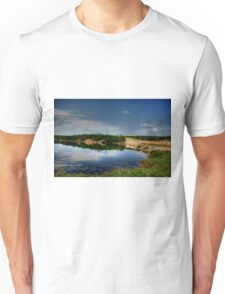 PERCY LAKE-HDR Unisex T-Shirt