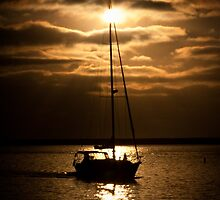 Sun Set Sail by Keeli