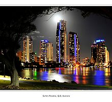 Moonlight Arch over Surfers Paradise by Jaime Dormer
