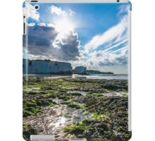 Sunny afternoon in Botany Bay, Kent iPad Case/Skin