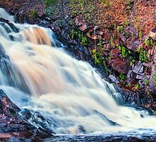Hatfield Waterfall at Dam Base by jvrichardson
