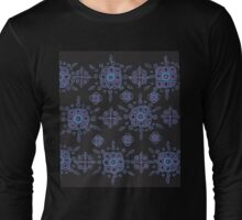 blue and mauve pattern on black Long Sleeve T-Shirt