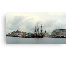 "The East Indiaman ""Götheborg"" in Gothenburg Harbour Canvas Print"
